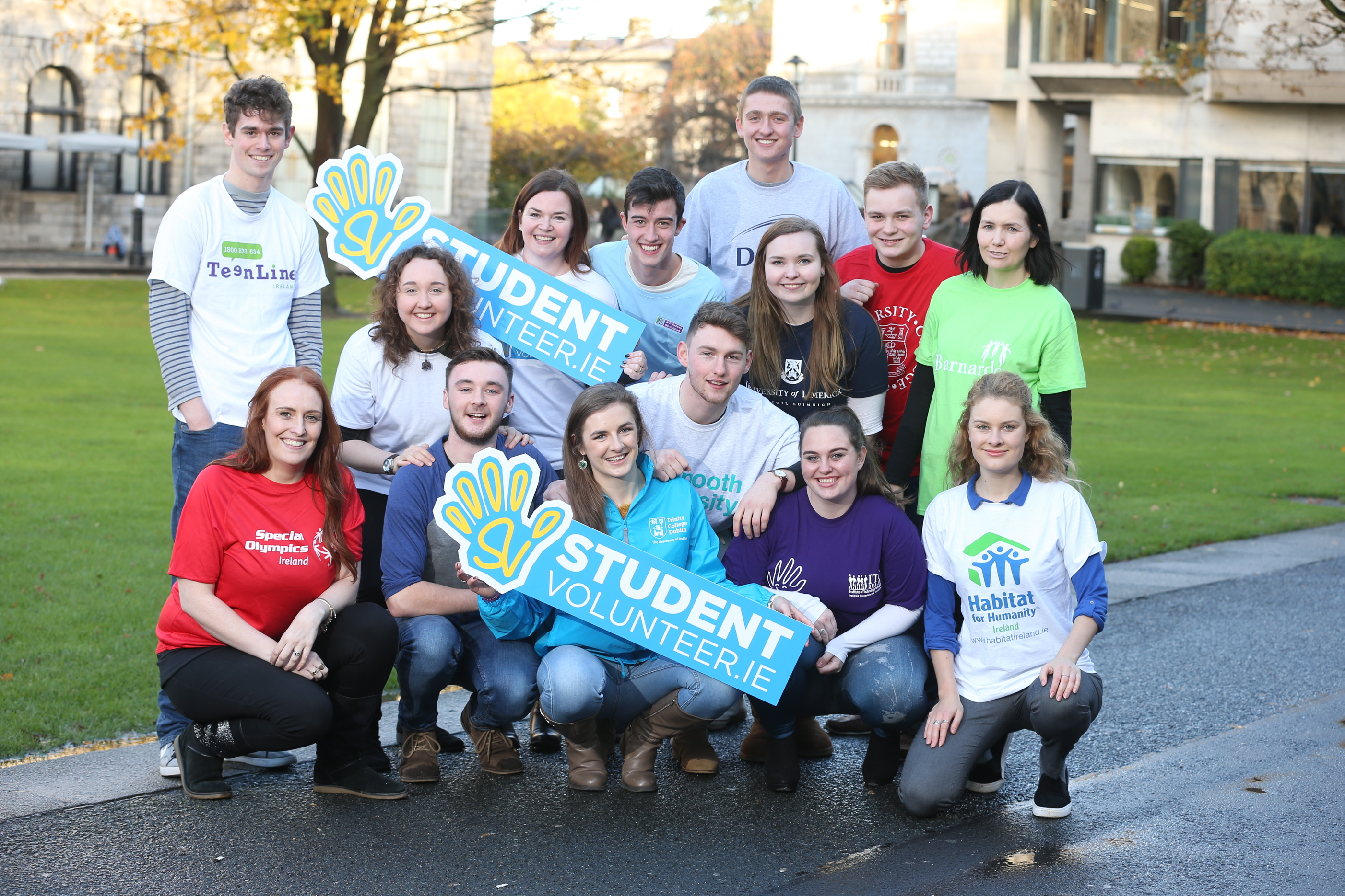 Celebrating the launch of studentvolunteer.ie are; Front row l-r: Breffni Gorman (Special Olympics Ireland), Dan Kiernan (UCD), Ciara Gaffney (Trinity College Dublin), Jenessa Scott (IT Tallaght), Lilly O'Mahony (Habitat for Humanity). Middle row l-r: Roisin O'Donovan (DIT), Darragh Moran (Maynooth University), Andrea Habenicht (UL), Suzanne Connolly (Barnardos). Back row l-r: Conor Doyle (TeenLine Ireland), Ann-Marie Bright (IT Tralee), Shane Gaughan (NUI Galway), Vito Moloney (DCU), Callum Petford (UCC)